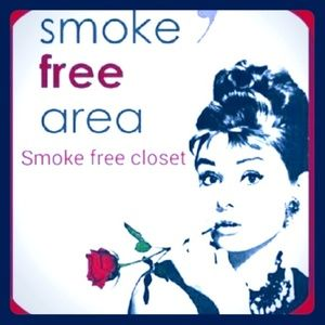 Accessories - smoke free/pet friendly home
